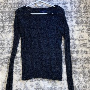 Size XS Breathable Sweater